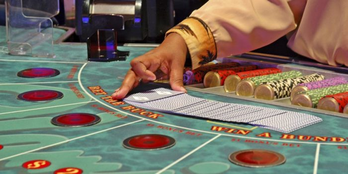How to Play Online Casino Baccarat Game for Real Money